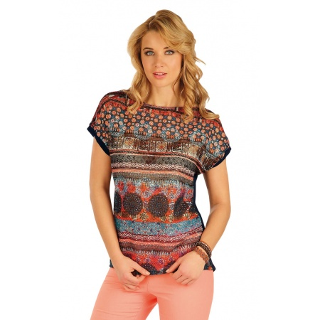 T-shirt with butterfly sleeves - size L